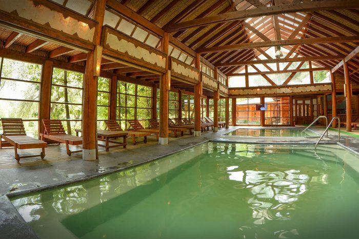 Menetúe Hot Springs